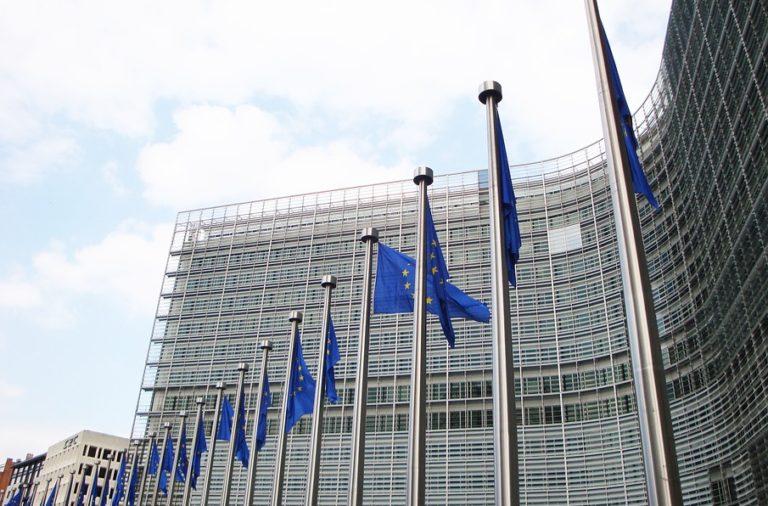 Objavljen letni pregled razvoja na področju zaposlovanja in socialnih zadev v Evropi 2017